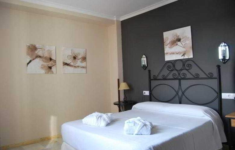 Doña Carmela Sercotel - Room - 15