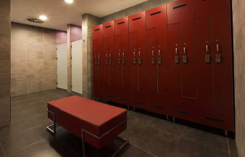 Ramada Hotel & Suites Atakoy - Sport - 37