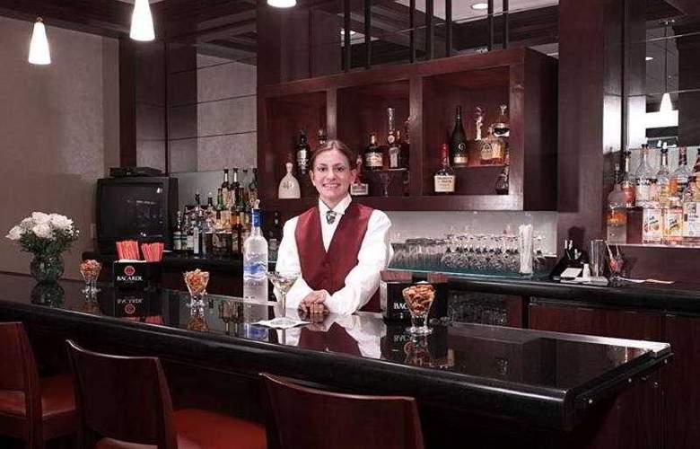 Staten Island Hotel - Bar - 3