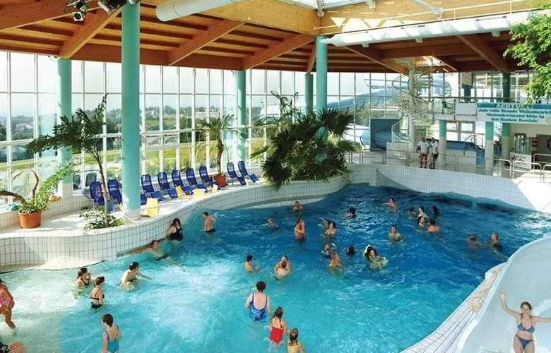 IFA Schöneck Hotel & Ferienpark - Pool - 3