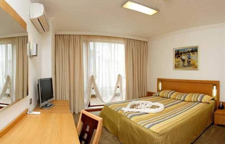 Emerald Beach Resort & Spa - Room - 5