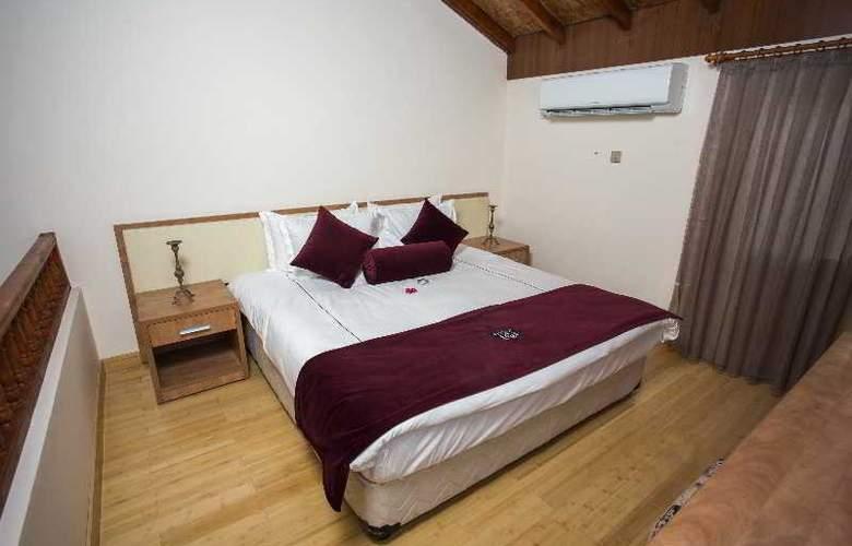 Chateau Lambousa Hotel - Room - 14