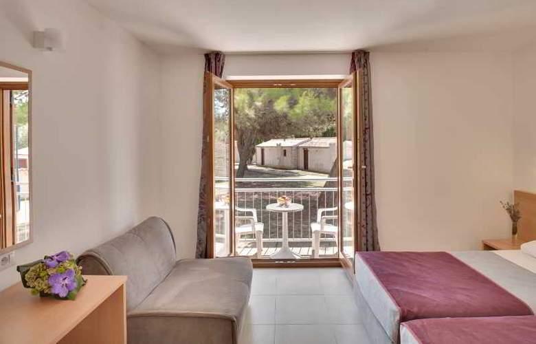 Resort Villas Rubin Apartments - Room - 13