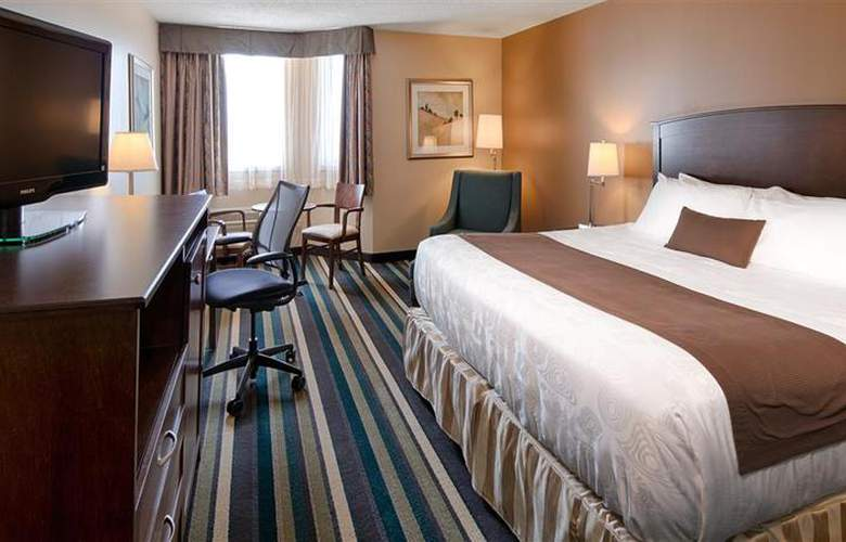 Best Western Plus Winnipeg Airport - Room - 2