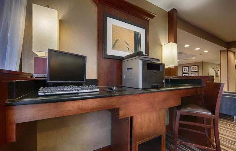 Best Western Plus Portsmouth-Chesapeake - Hotel - 31