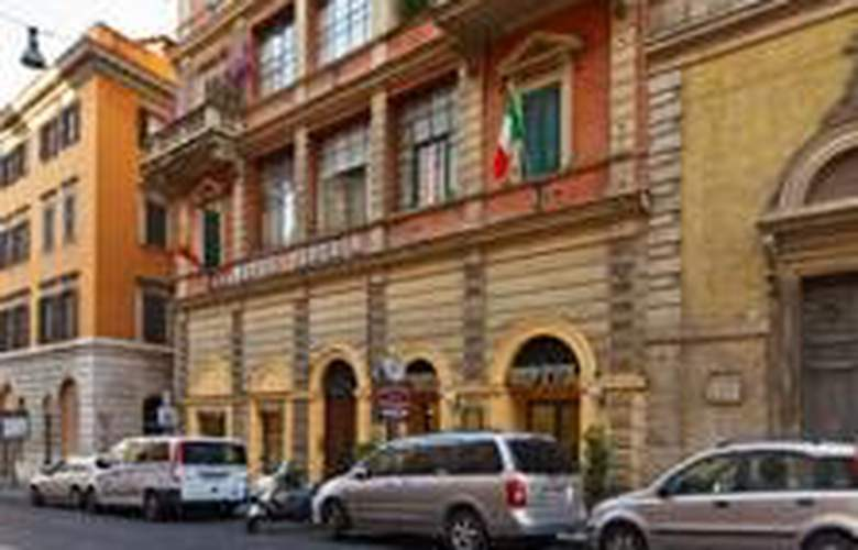Hiberia Hotel - General - 1