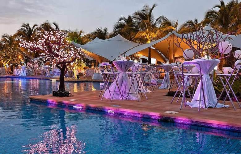 The Westin Turtle Bay Resort & Spa Mauritius - Pool - 14