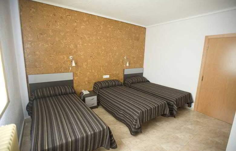 Altozano - Room - 5