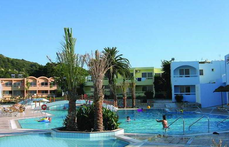 Avra Beach - Pool - 8