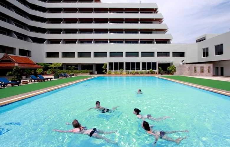 Patong Resort - Pool - 8