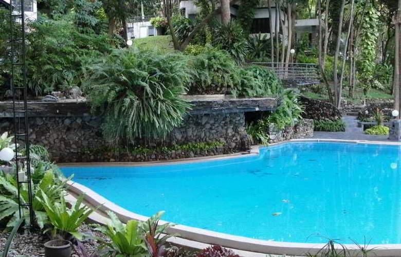 Hinsuay Namsai Resort Rayong - Pool - 1