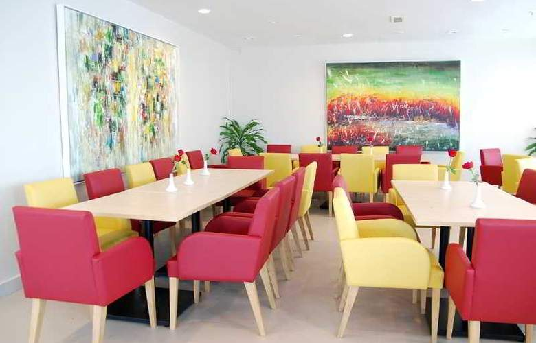 Seri Costa Hotel Melaka - Restaurant - 11