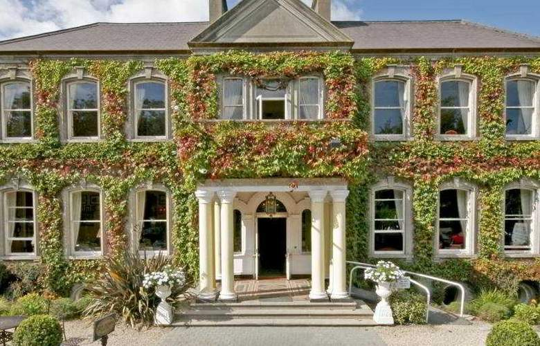 Finnstown Country House Hotel - Hotel - 0