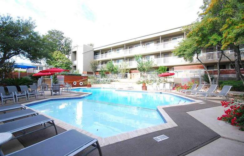 Best Western Plus Austin City Hotel - Pool - 106