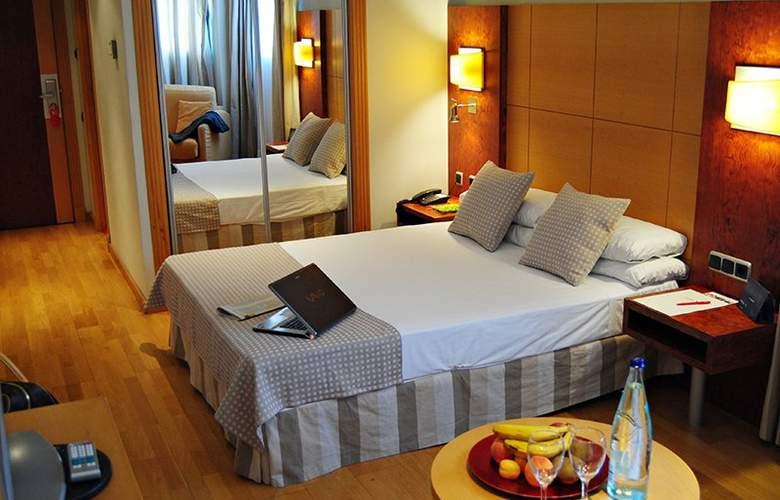 Sercotel Gran Fama - Room - 2