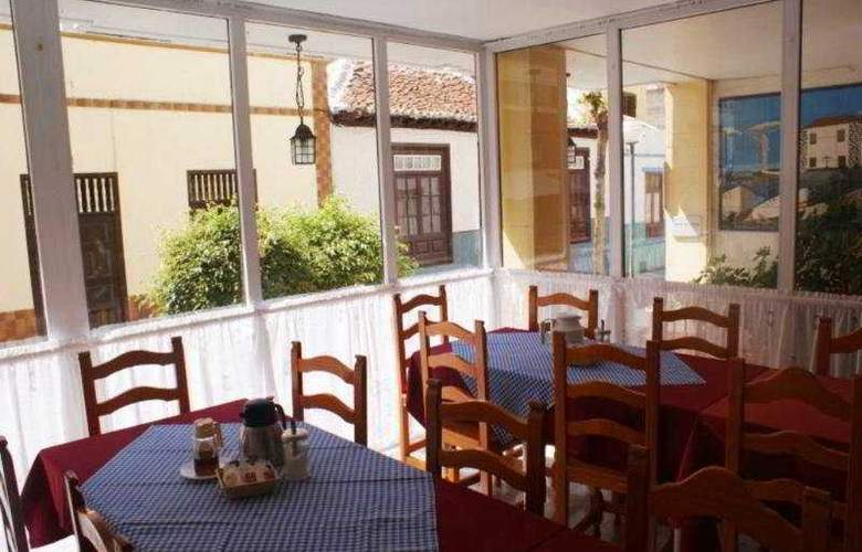 Puerto Azul - Restaurant - 3