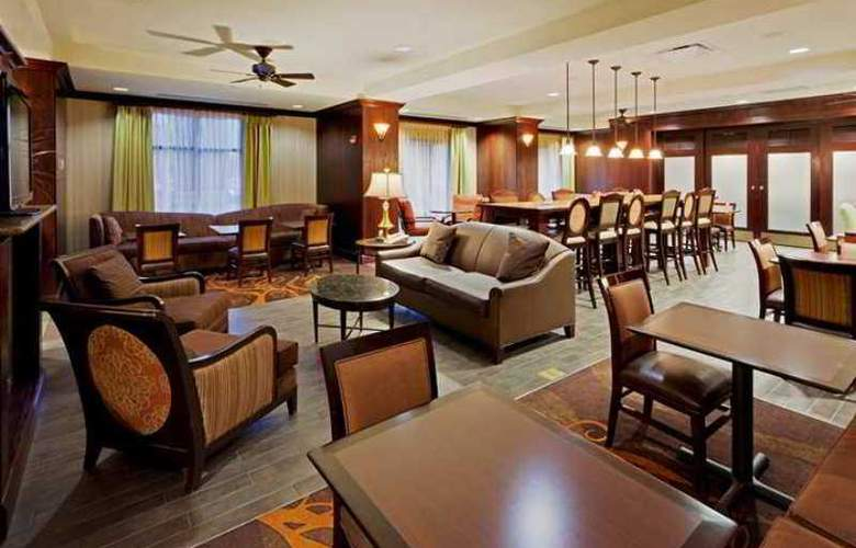 Hampton Inn Rochester-Webster - Hotel - 1