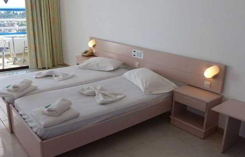 Iris Hotel - Room - 7