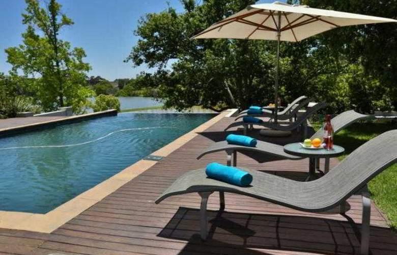 L´Avenir Country Lodge - Pool - 13