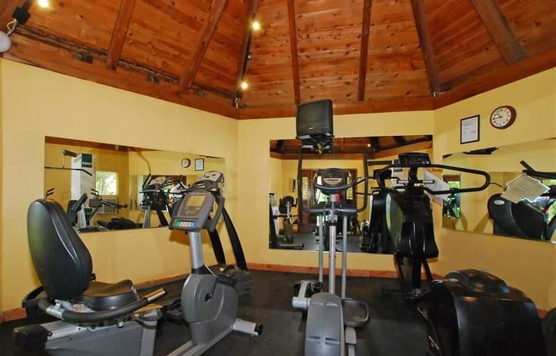 Best Western Emerald Beach Resort - Sport - 85