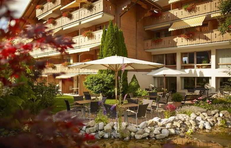 Gstaaderhof Swiss Quality Hotel - Terrace - 20