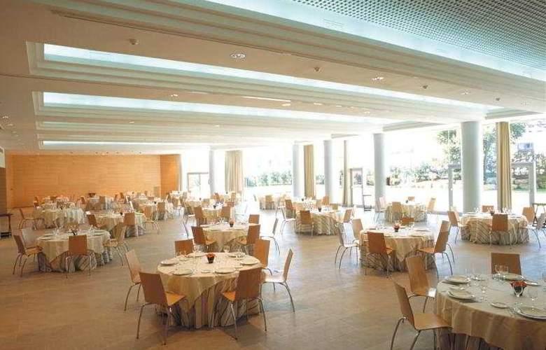 HLG City Park Sant Just - Restaurant - 17