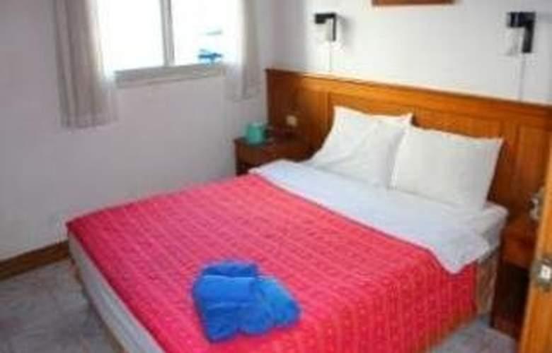 Beach Road Inn - Room - 6