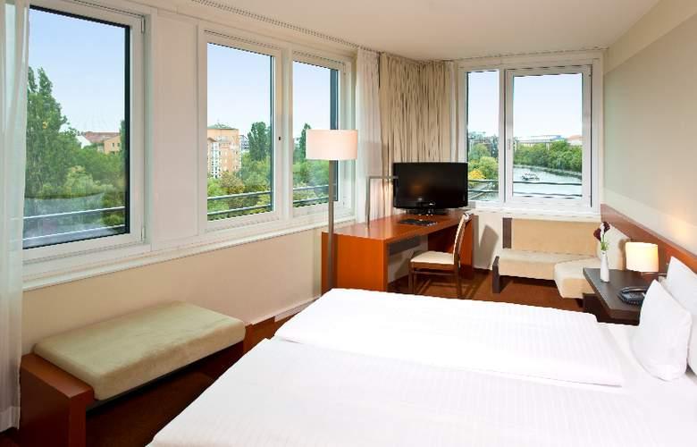 GOLD INN - Adrema Hotel - Room - 12