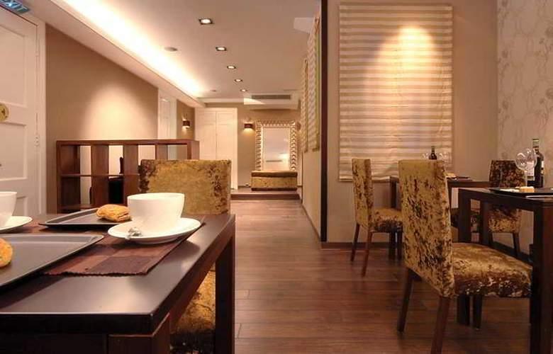 Boutique Bed & Breakfast - Restaurant - 8
