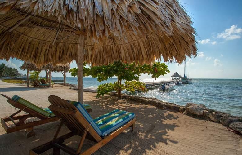 Xanadu Island Resort - Terrace - 3