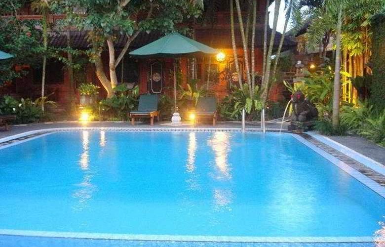 Puri Garden 2 - Pool - 7