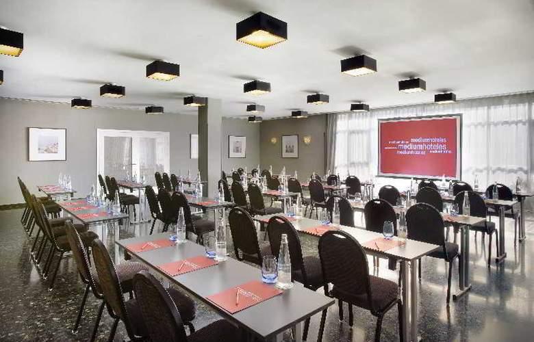 Medium Valencia - Conference - 11