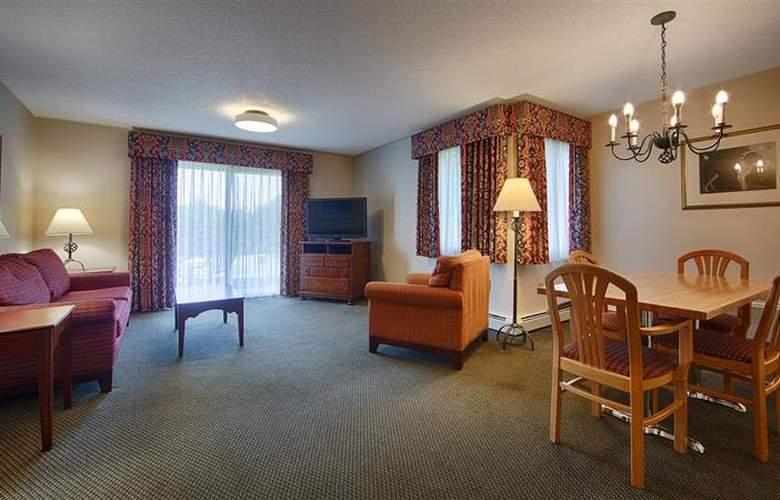 Best Western Plus Inn & Suites - Room - 16