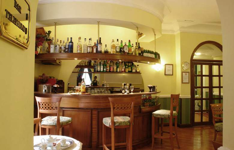 Giglio dell'Opera Roma - Bar - 2