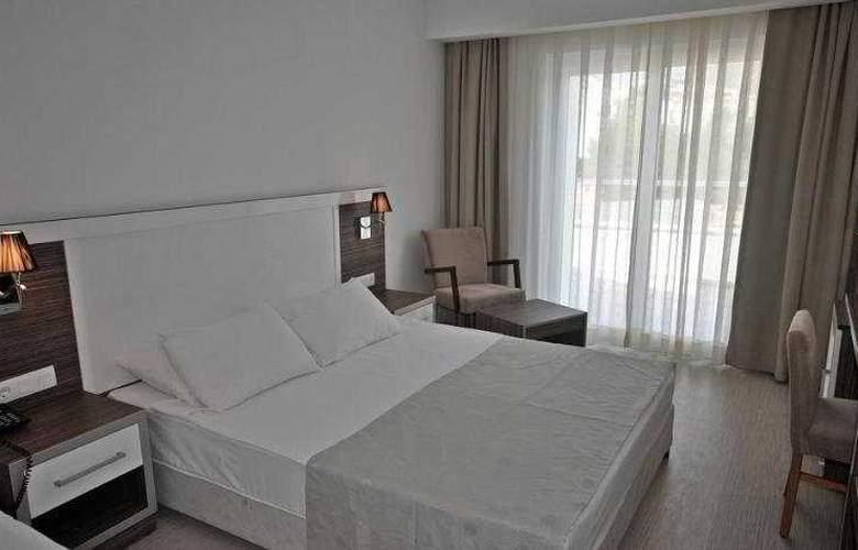 Shark Club Hotel - Room - 5