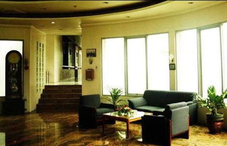 Royal Apartment - General - 3