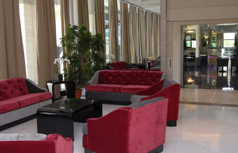 Grand Hotel Duca Di Mantova - Hotel - 6