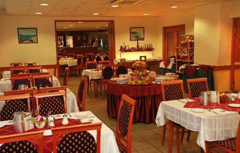 Gerand Hotel Eben - Restaurant - 5
