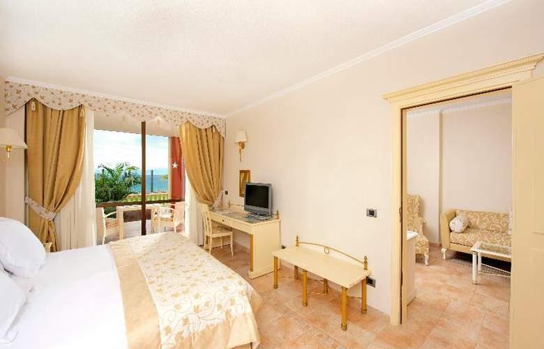 Iberostar Grand Hotel Salome - Solo Adultos - Room - 15