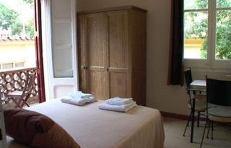 Tibidabo Apartments - Room - 6