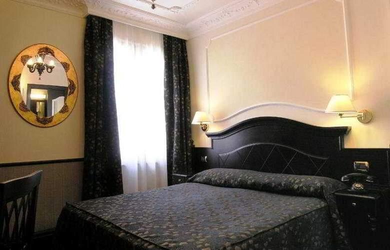 Best Roma - Room - 4