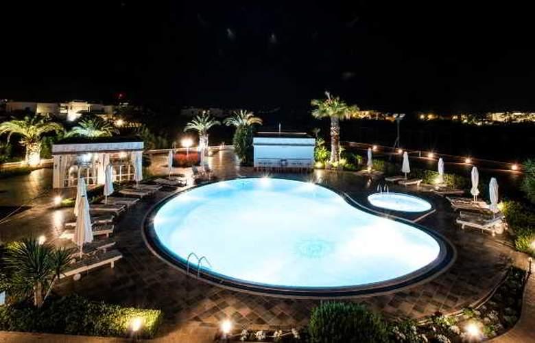 Porto Naxos - Pool - 15