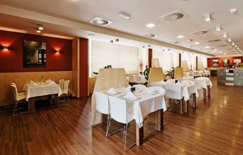 Vista Hotel - Restaurant - 29