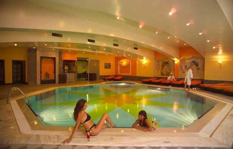 Letoonia Golf Resort - Pool - 6