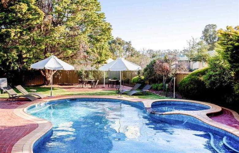 Mercure Port of Echuca - Pool - 1