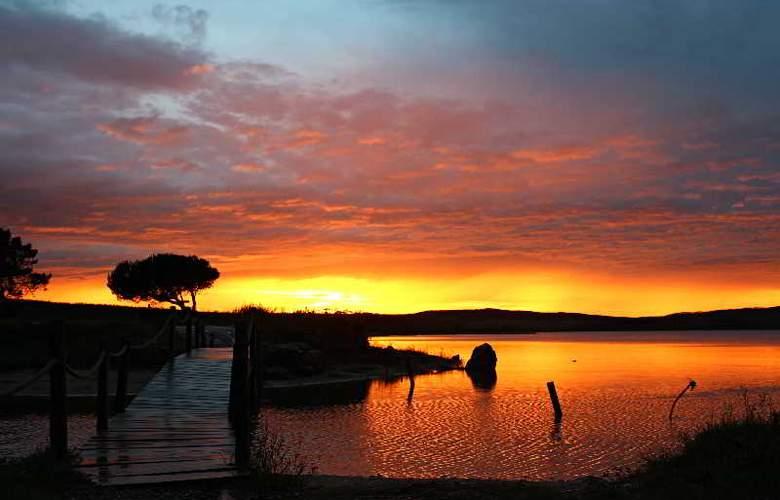 Obidos Lagoon Wellness Retreat - Beach - 1