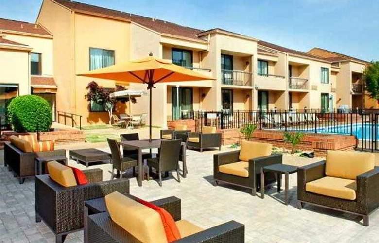 Courtyard Columbus - Hotel - 2