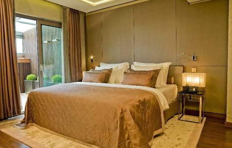Lasagrada Hotel - Room - 8