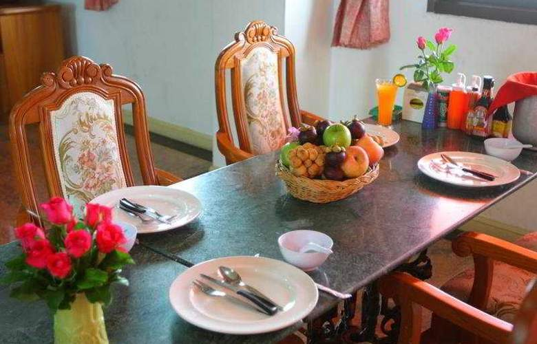 13 Coins Hotel Bang Yai, Bangkok - Room - 7