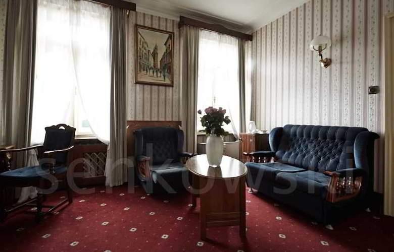 Francuski - Room - 21